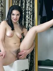 Hannah Vivienne masturbates by her closet