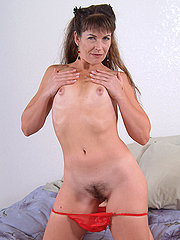 Beautiful Hairy Pussy Brunette Andie