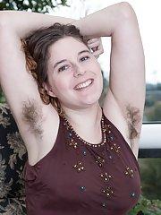 Eleanor Rose strips naked on her balcony