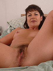 Sexy Natural Brunette Housewife