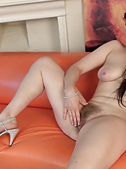 Brianna Green plays with her hairy pussy
