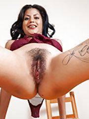 Daniela Flor strips naked on her wooden table