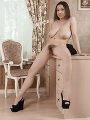 Veronika Mars strips nude on her chair