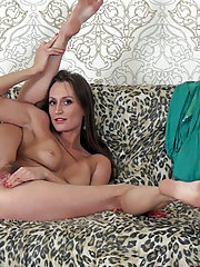 Izolda does hot striptease from blue dress and heel