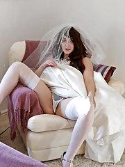 Hairy woman Melanie Kate takes off wedding dress