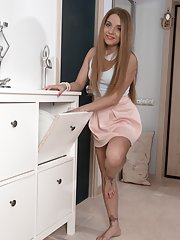 Sofi Goldfinger enjoys her heels and playing naked