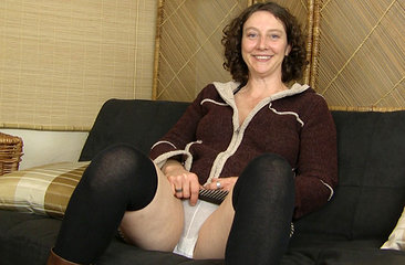 Artemesia upskirt interview