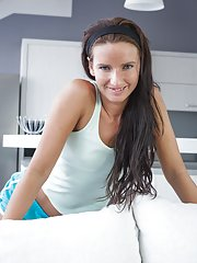 Hairy brunette Promesita enjoys stretching after