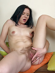 Beauty Josselyn shows off her hairy pussy