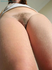 Hairy pussy amateur home alone